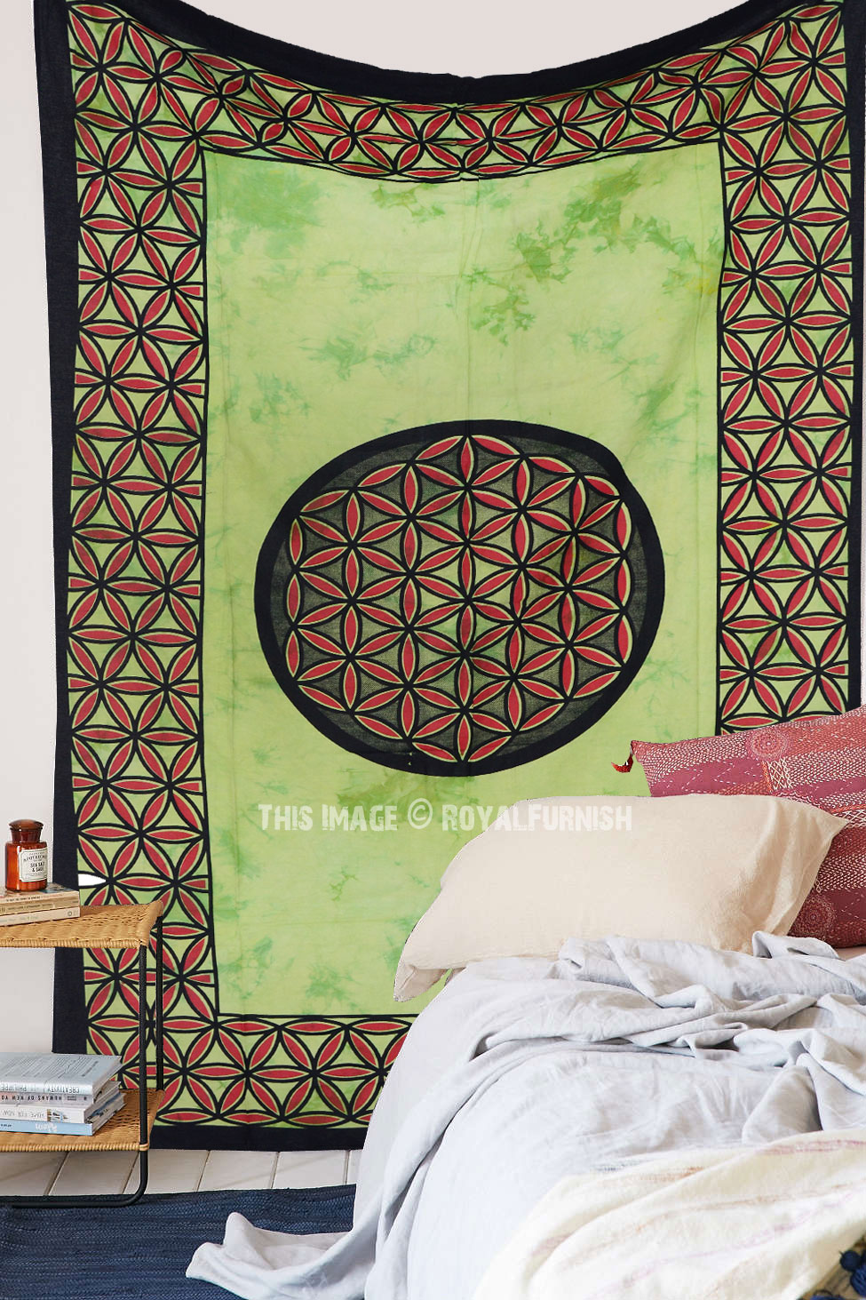 Small Green Leaf Circle Printed Tie Dye Wall Tapestry