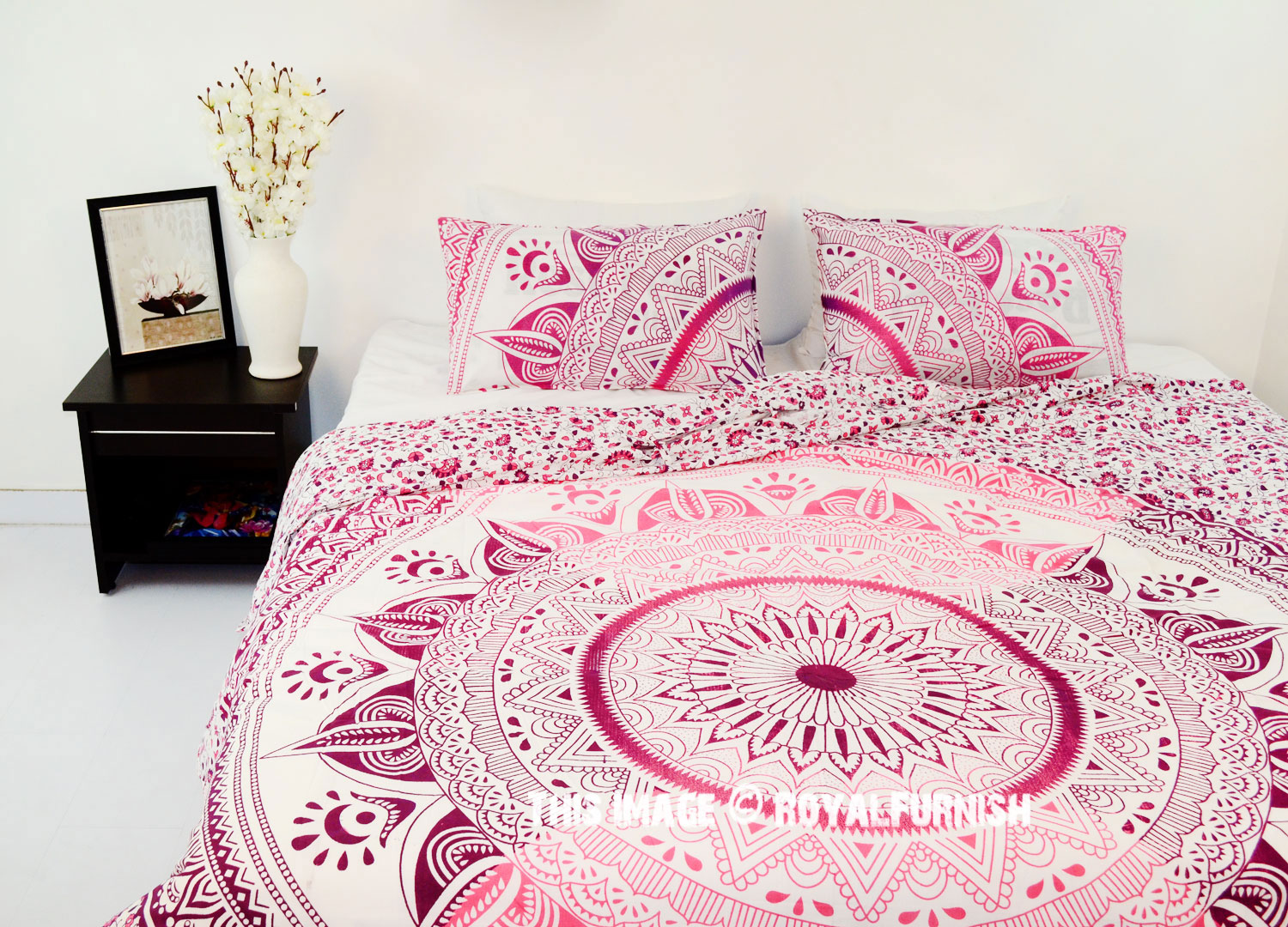 Pink King Size Ombre Medallion Mandala Duvet Cover With