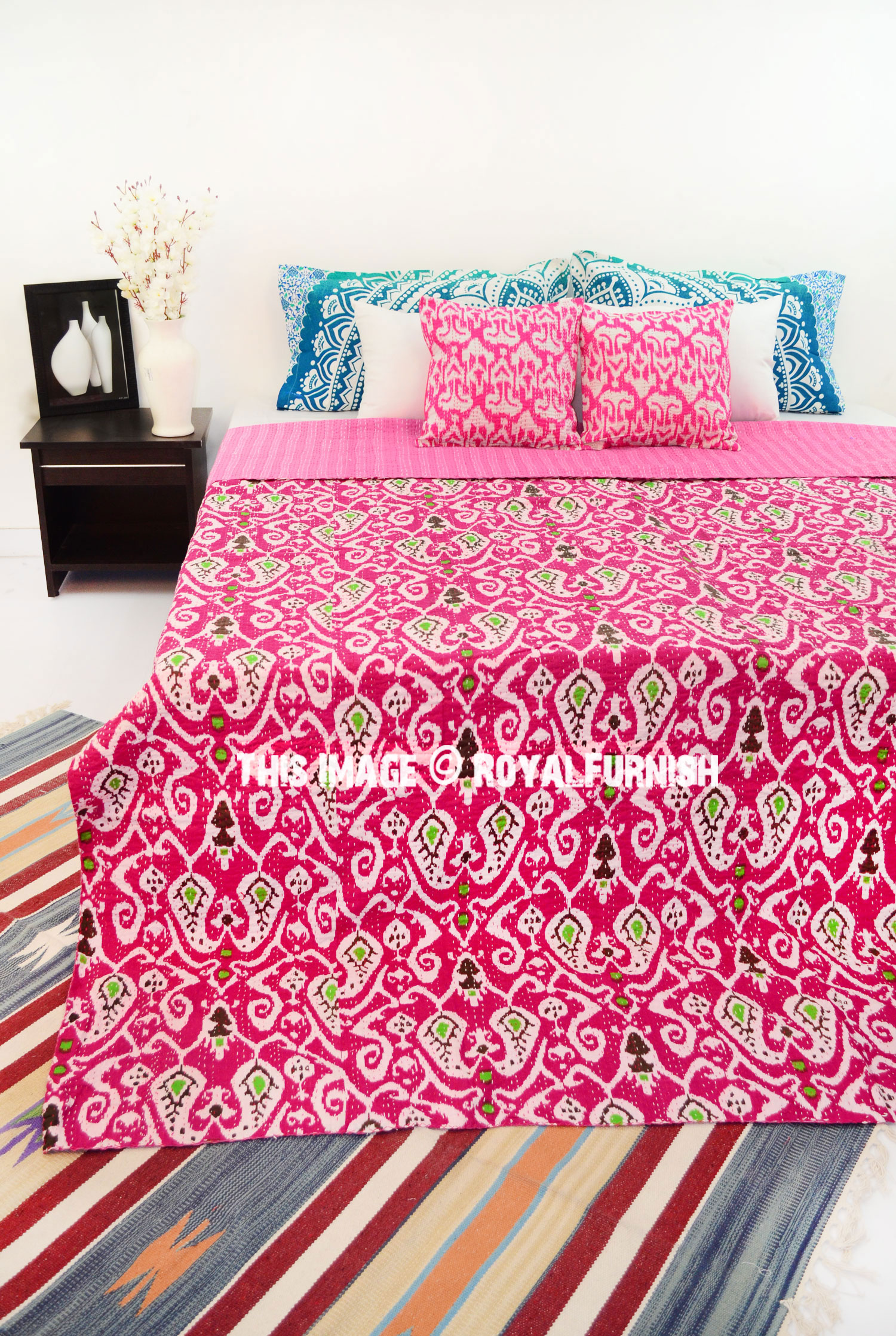 Pink Queen Size Paisley Ikat Kantha Quilt Blanket Bedding