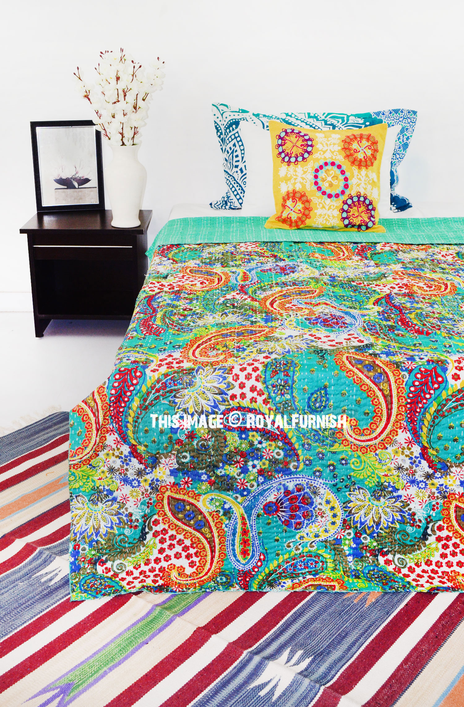 Twin Size Green Boho Paisley Kantha Quilted Bedding