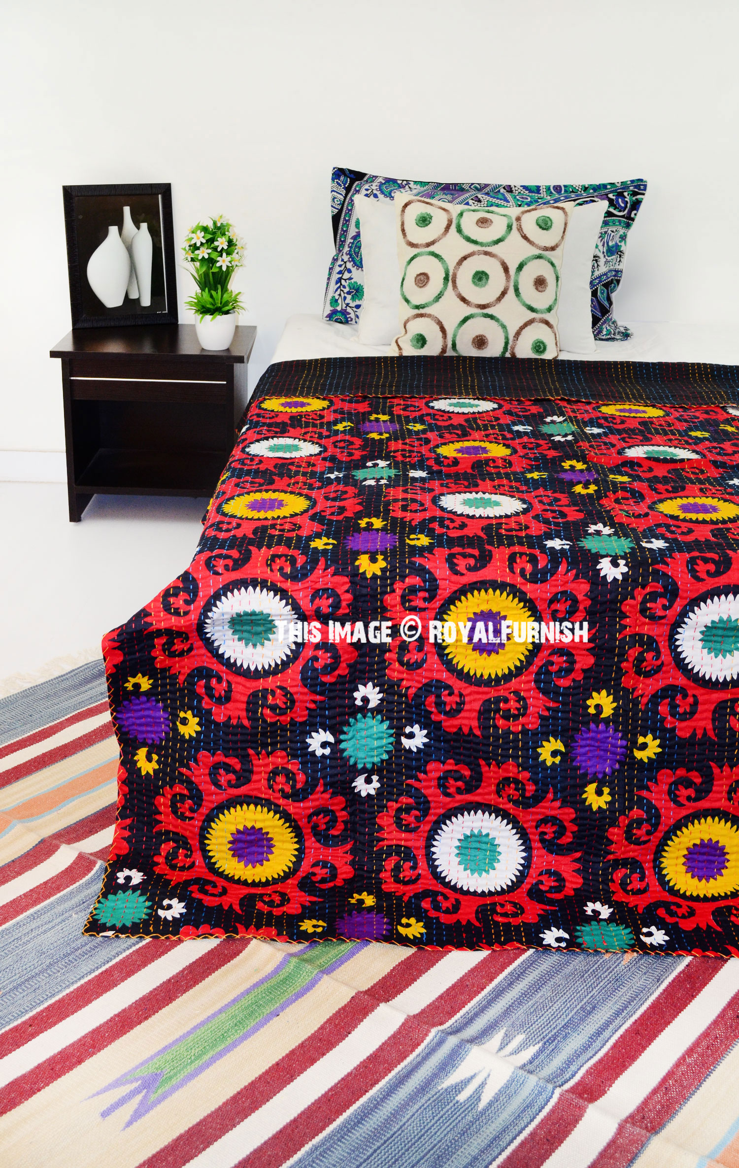 Black And Red Suzani Floral Medallion Cotton Kantha Quilt