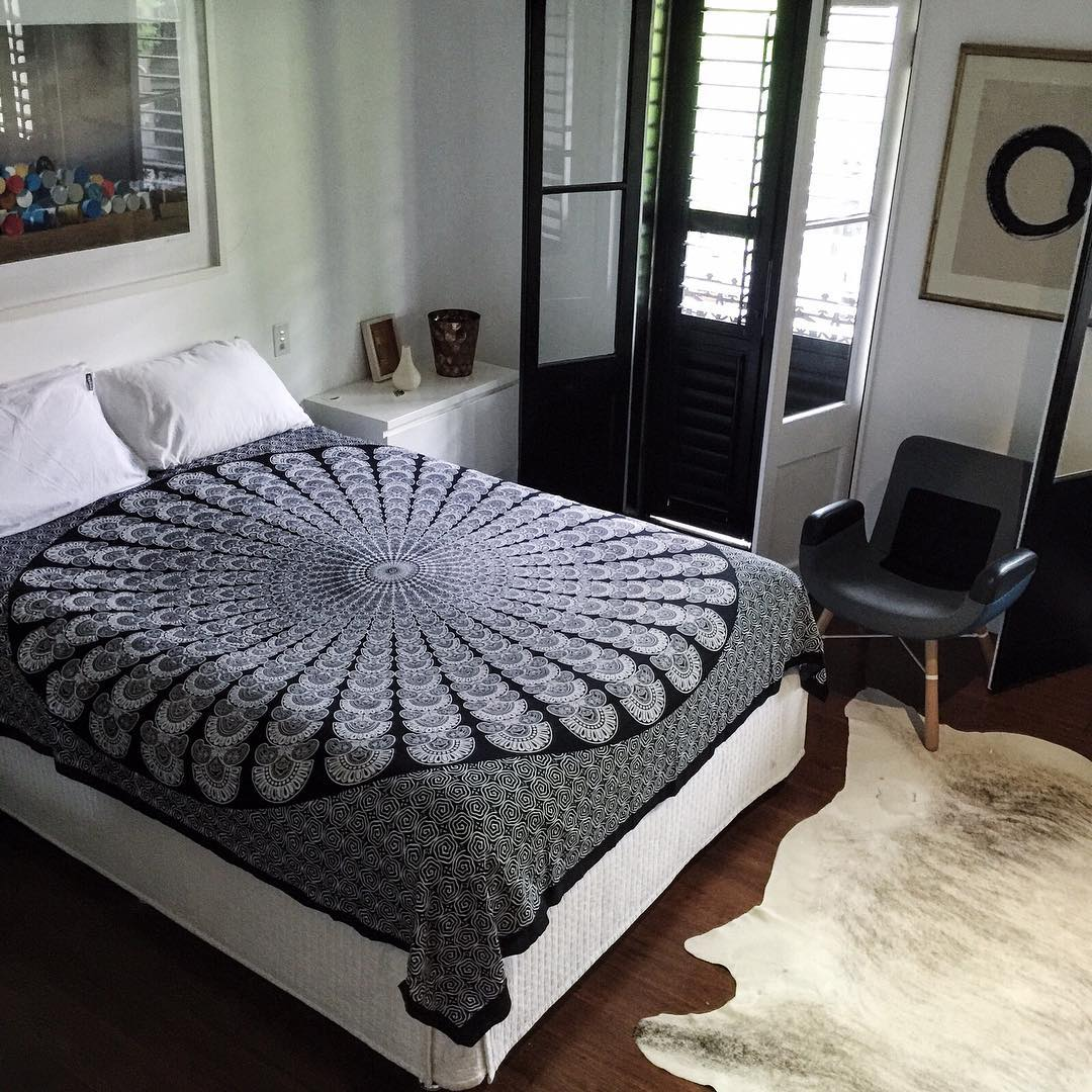 black and white floral mandala dorm room hippie tapestry wall hanging. Black Bedroom Furniture Sets. Home Design Ideas