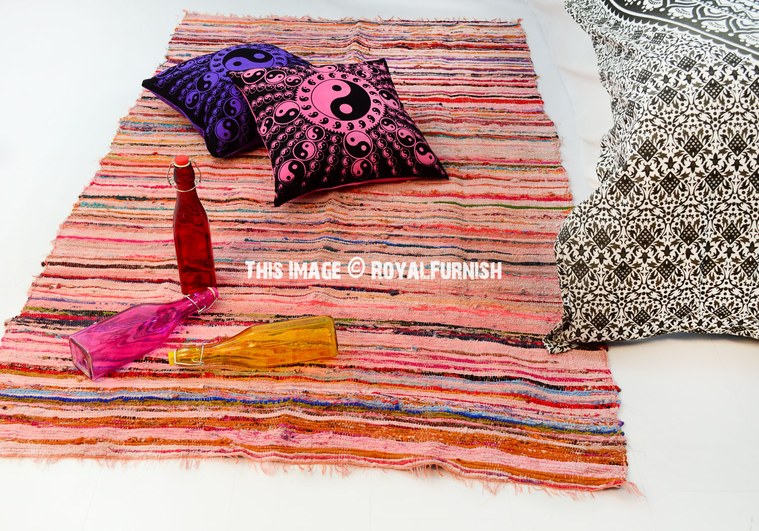 3 6 x 6 5 ft pink recycled fabric chindi rug floor mat. Black Bedroom Furniture Sets. Home Design Ideas