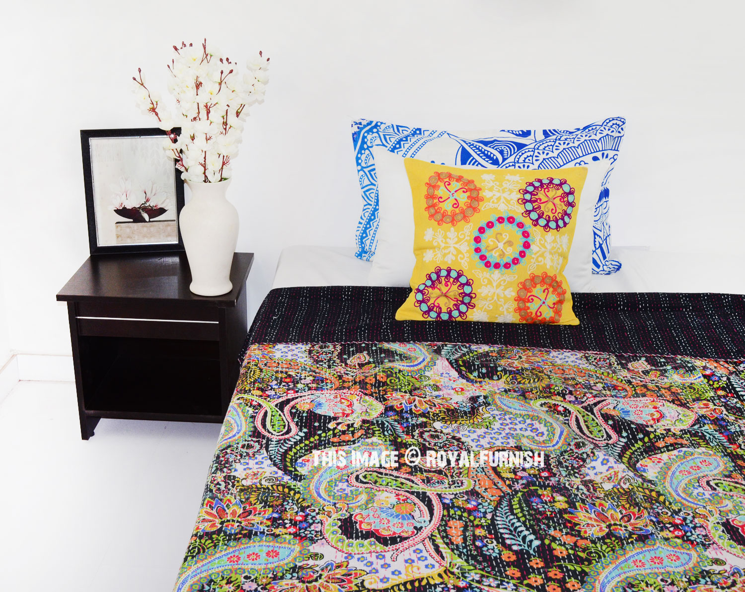 Twin Size Black Paisley Floral Ikat Kantha Quilt Throw Bed