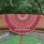 Red & Green Mixed Colors Pom Pom Mandala Round Beach Throw